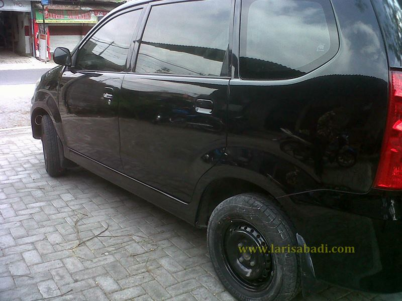 Avanza Black Finish