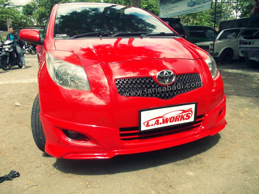 Yaris TRD red 8