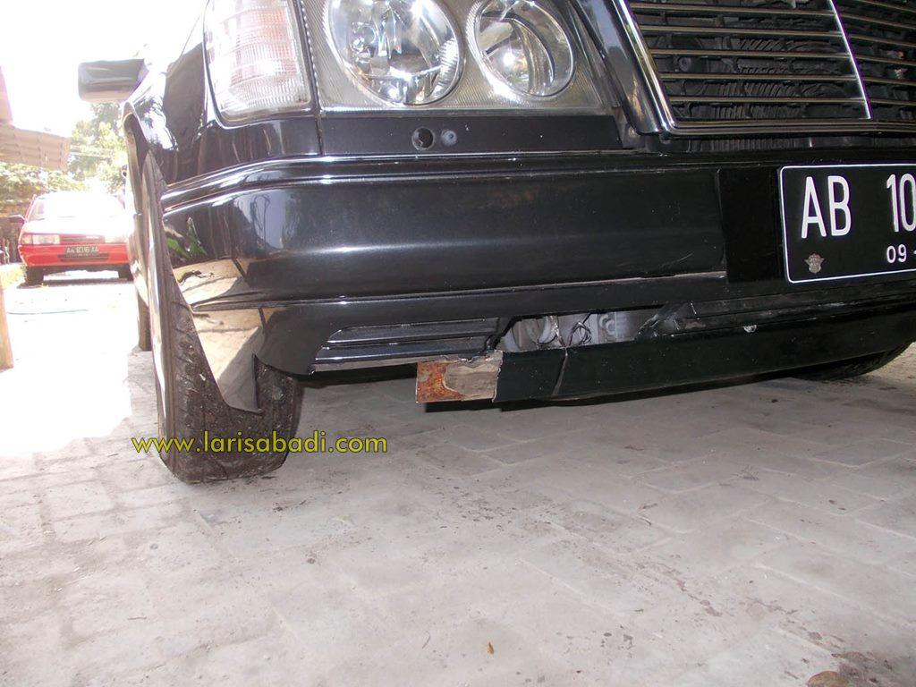 Merc W124 Bumper 1