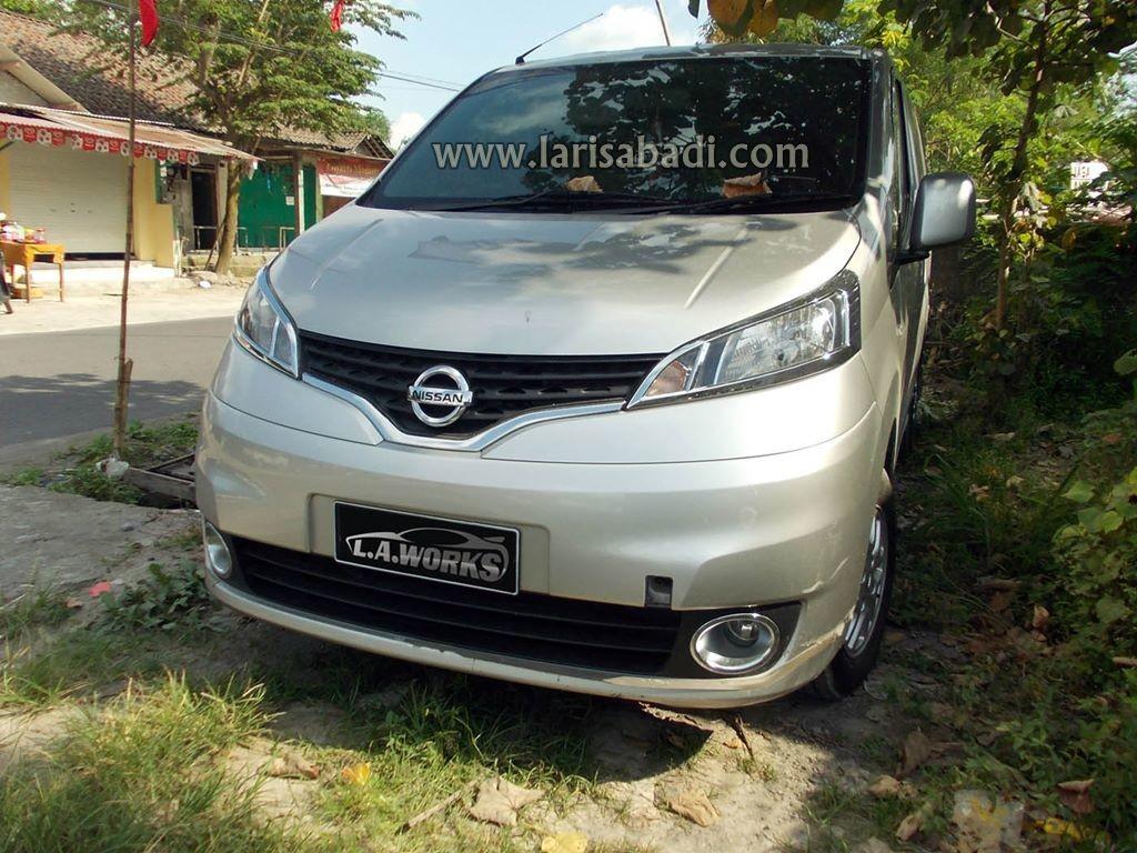 Nissan Evalia 1