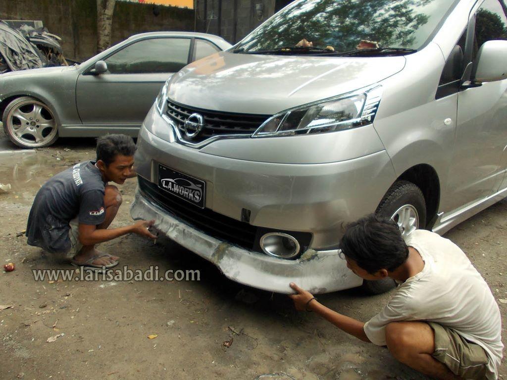 Nissan Evalia 2