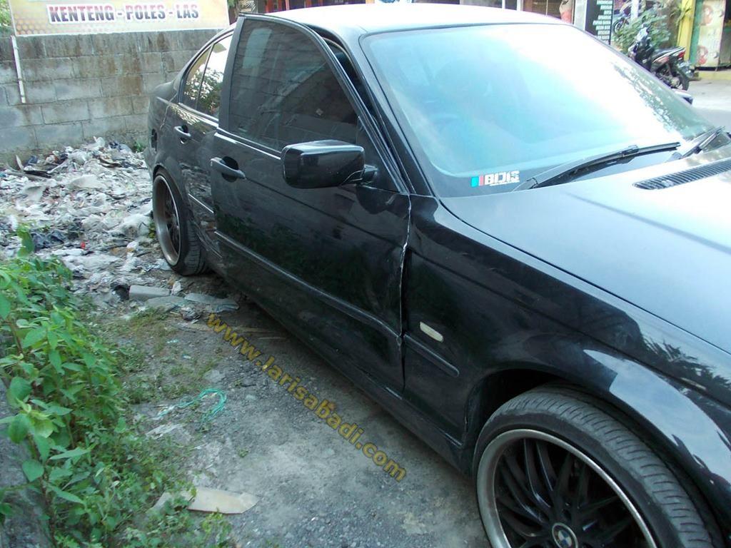 BMW E46 Black 1