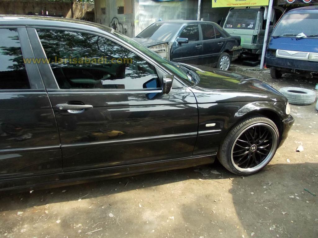 BMW E46 Black 6