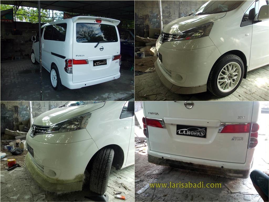 Nissan Evalia W 1