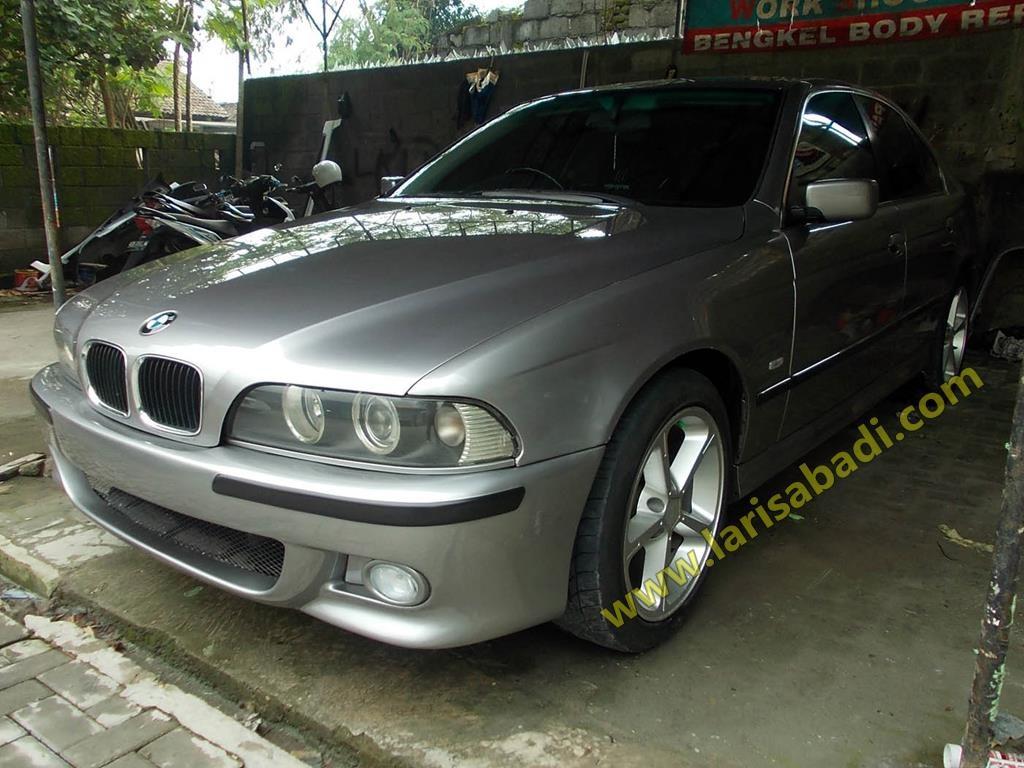 BMW 528 Grey 5