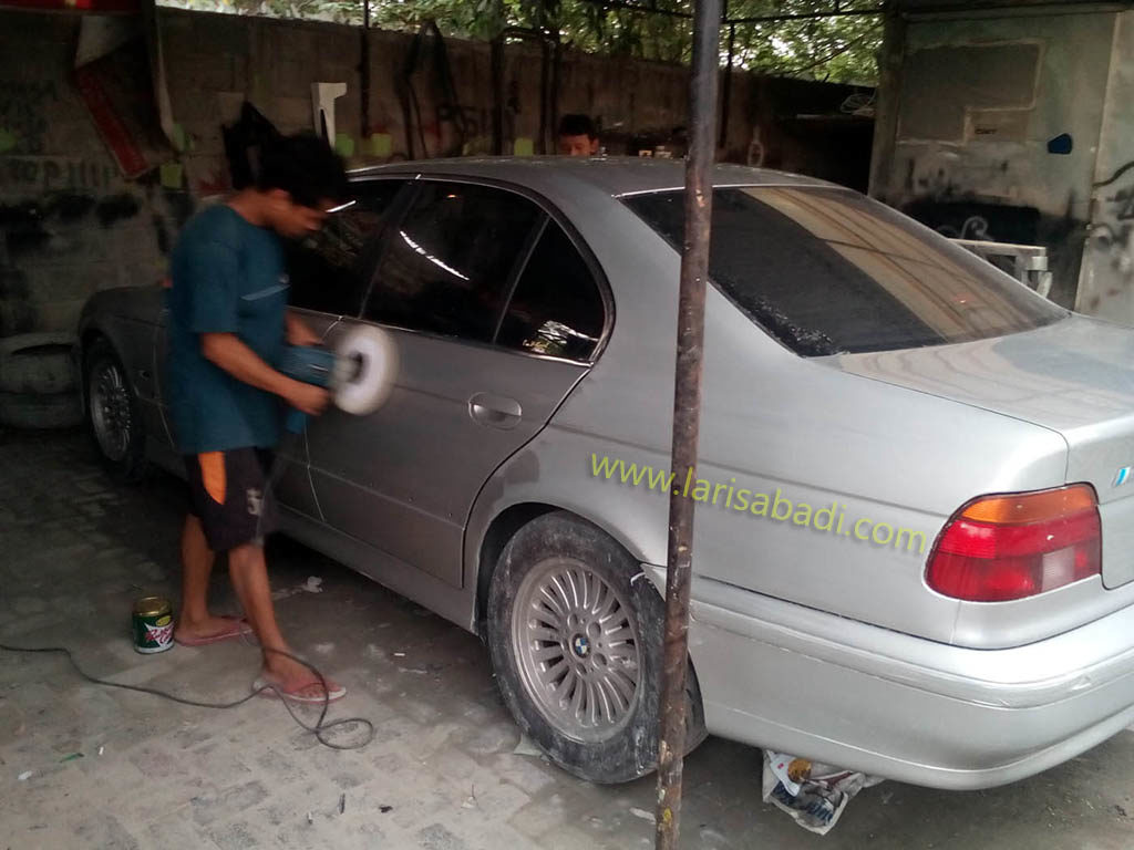 BMW 528i R4